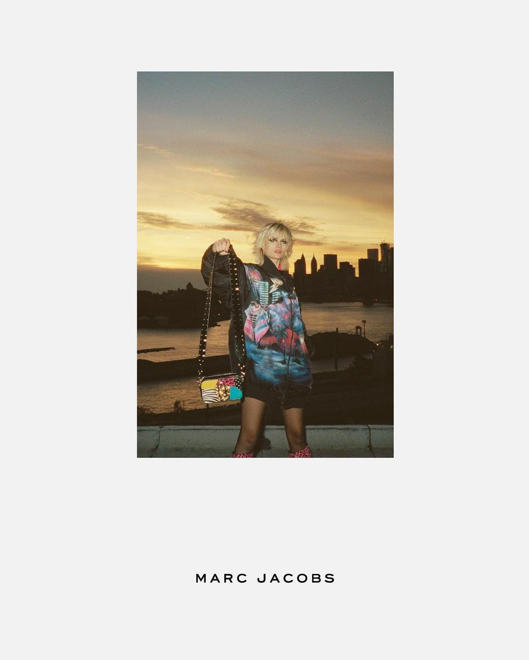 marc-jacobs-resort-17-adv