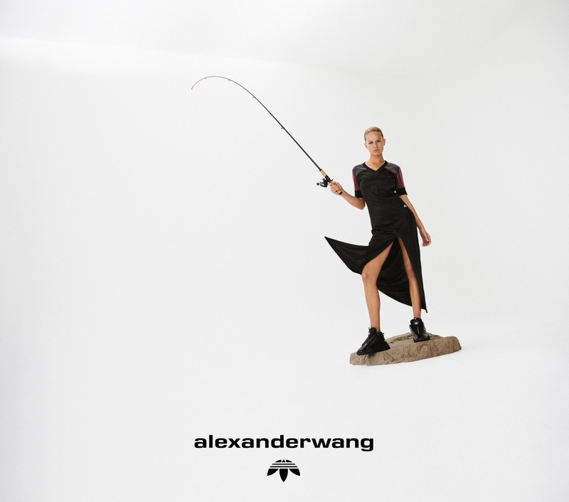 Анна Эверс села на пенек в кампейне 4-й коллекции adidas Originals by Alexander Wang (фото 4)
