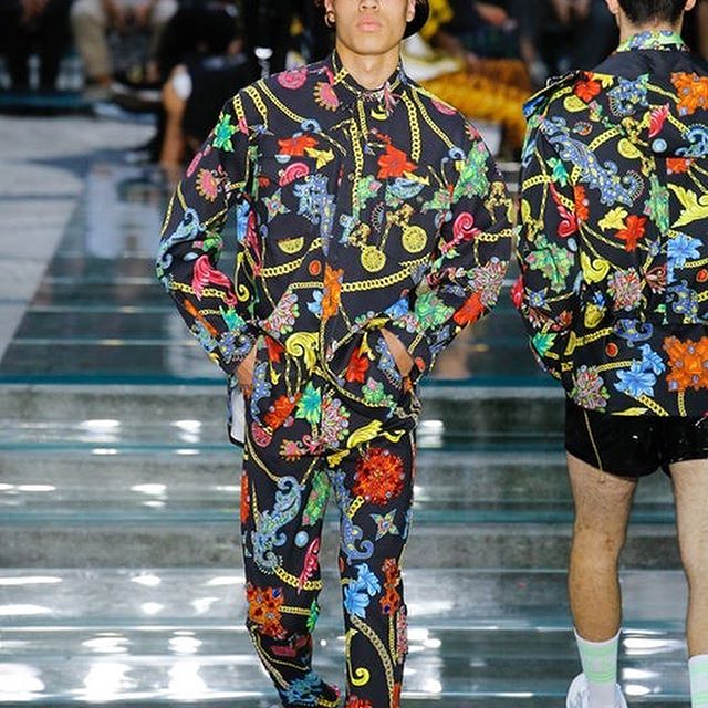 Just in, see all the looks from the latest Versace show. What do you think? Find the full collection online at businessoffashion.com. #versace #mfwm