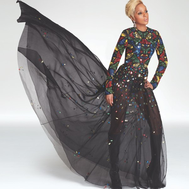 Mary J. Blige will be featured in ads for her friend, designer Dennis Basso. Of Blige, Basso tells WWD s Rosemary Feitelberg,  She s a modern day woman, extremely talented, very beautiful and she represents a powerful woman.  #wwdnews