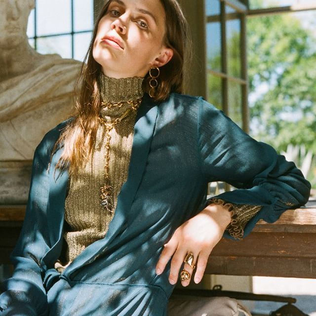 Classical meets contemporary: @SoItGoesMag photographed the #FW18 collection on close friends @Leche_Smith and @GeorgiaHilmer whose look is layered with new Sloan and Reese jewellery  Available to pre-order on chloe.om #chloeGIRLS Photography by  James Wright @JamieWright84 and @SoItGoesMag, styling by @Felicia_Gr, production by @Johnny_Pascucci at @PhotoBombProduction, hair by @SabrinaSzinay, make-up by @LauraStiassni