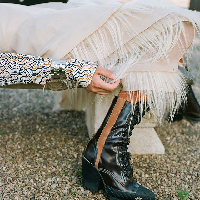 @SoItGoesMag captures the latest Rylee boot with its rubberized sole and toe cap as part of a series showcasing the #FW18 collection Available to pre-order on chloe.com #chleGIRLS Photography by  James Wright @JamieWright84 and @SoItGoesMag, styling by @Felicia_Gr, production by @Johnny_Pascucci at @PhotoBombProduction, hair by @SabrinaSzinay, make-up by @LauraStiassni