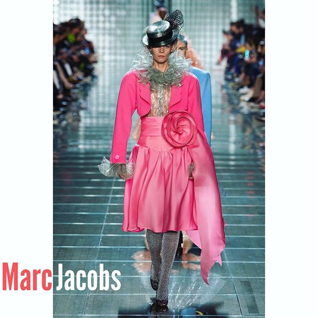 Many thanks to the team, for the opportunity to be part of this show again        @marcjacobs     CASTING: THE ESTABLISHMENT  STY: KATIE GRAND HAIR: GUIDO MAKE- UP:DIANE KENDALL #marcjacobs @womenmanagementny    #nyfw #nyfw2018 #newyorkfashionweek #newyork #nyc #fashionismypassion #fashionismyprofession #fashion #highfashion  #lovemyjob #lovemywork #model #modelling #modellife #modeldays #modelday #beckstage