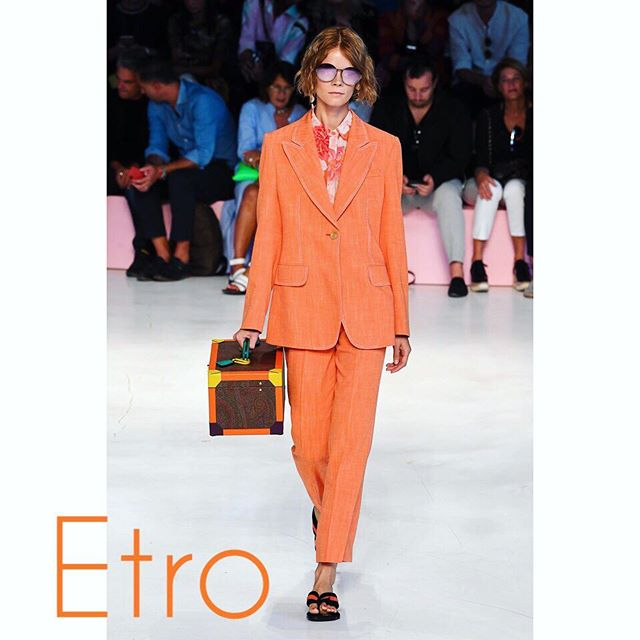 Thanks for the opportunity to be a part of the show again     @etro #etro           #Milano #Milan #milanfashionweek #milanfashionweek2018 #fashion #fashionismypassion #fashionismyprofession #model #modeling #modeldays #modelday #modellife #lovemyjob