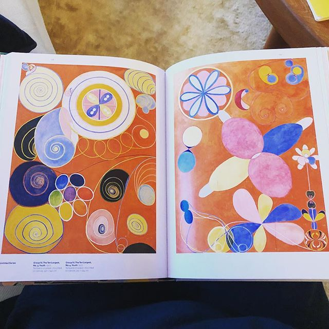 Obsessed with my new recent discovery, Swedish artist Hilma af Klint  and her incredible story. She was painting abstract before her male counterparts such as Mondrian and  Kandinsky ... She never wanted to sell her personal art or to show it to anyone during her life time.  In her will  she wrote that didn t want to show her work to the public until at least 20 years after her death.  She was convinced that the world wasn t ready for it. 100 years ago she painted the the pictures  for the future... Now her first solo show in America at The @guggenheim. #guggenheim #hilmaafklint