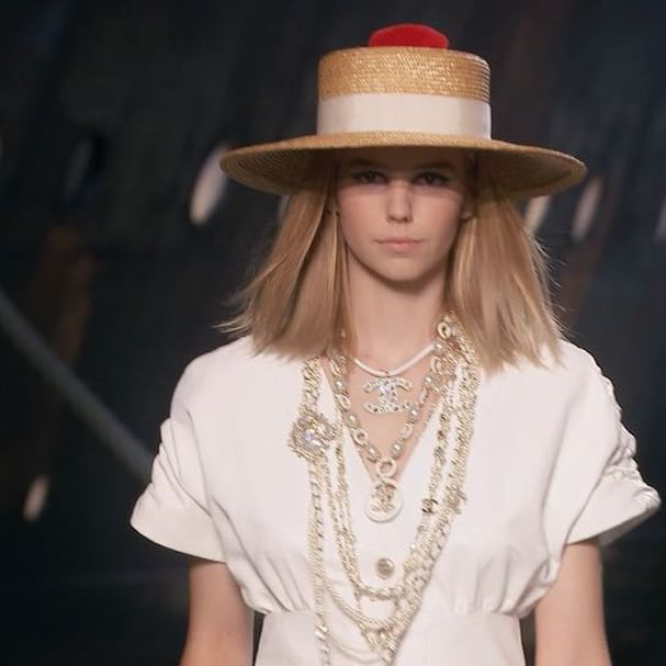 Ever wondered how your favourite runway looks are created? Go behind-the-scenes at Chanel and discover how the brand s Cruise 2019 collection came to fruition. Discover the full looks on businessoffashion.com [Link in bio] #Chanel #cruisecollection #savoirfaire  : @chanelofficial