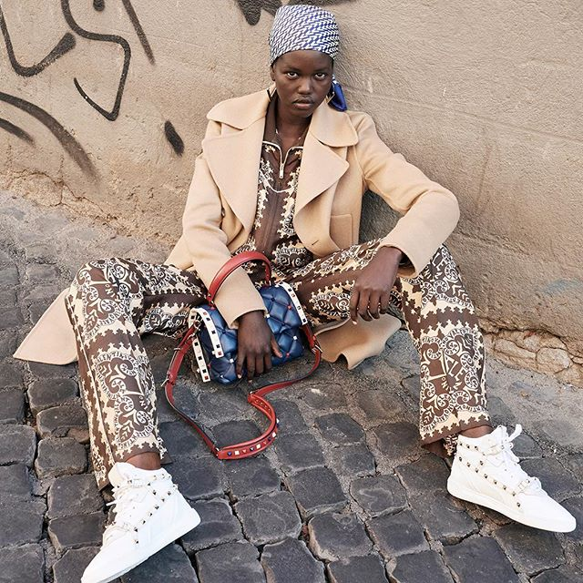 The Roman districts of Monti and Trastevere set the scene for the #ValentinoResort19 campaign featuring in #AdutAkech. #BornInRoma Creative Director: @pppiccioli Photographer: #JuergenTeller