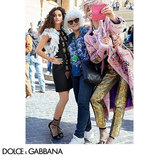 Perfectly selfie ready at the FW18-19 Campaign shot by The Morelli Brothers. Link in bio.  #DGRoma #DGCampaign #DGWomen #DGFW19 #DGFashionDevotion #DGEyewear @morellibrothers