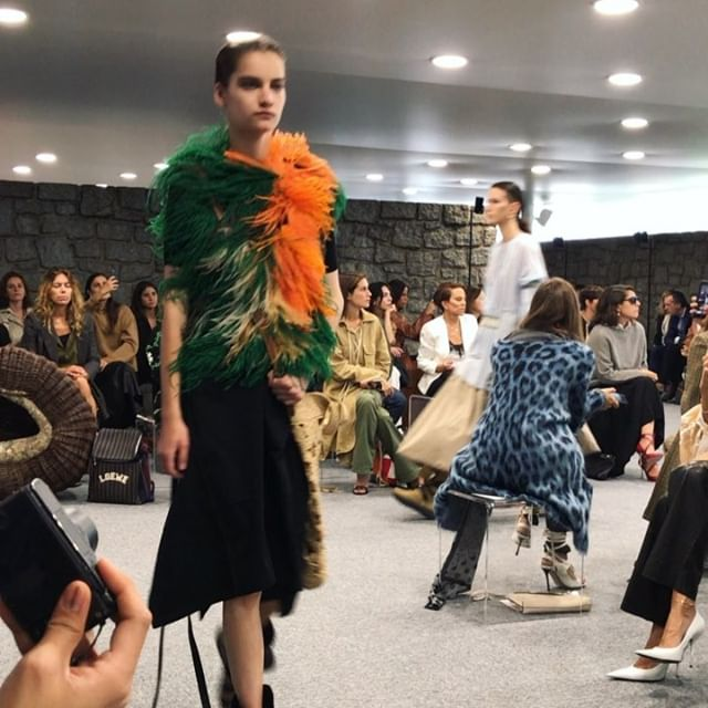 All the pretty details   loved the @loewe show for it s feather details, xl crochet bags, sandal booties, pastel tones and badassness. Congrats @jw_anderson @jonathan.anderson #pfwbyheilbrunner
