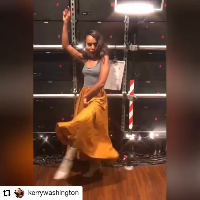Kerry Washington dances in VIKA GAZINSKAYA dress!   The dress is one of my favorites. And I still did not get a chance to wear it. So, Kerry more lucky)) @kerrywashington @vikagazinskaya_official_moscow