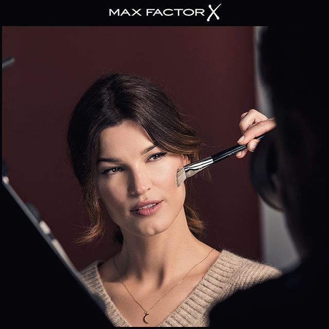 Fresh and clean winter makeup   A little bts from my @maxfactornorway campaign shoot #maxfactornorway