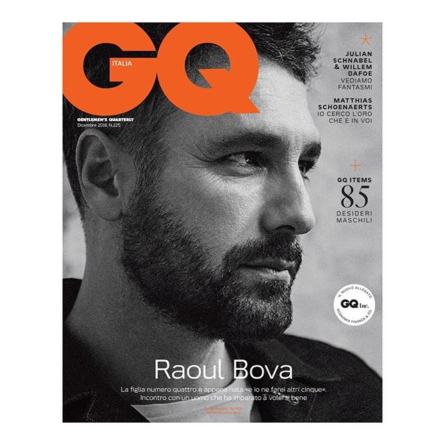 Raoul Bova wearing @SantoniOfficial in @GQItalia December 2018. Photography by @VanMosseveldePlusN and styling by @AndreaTenerani. #Santoni #GQ #GQItalia #VanMosseveldePlusN #AndreaTenerani #KOFashion #KarlaOtto