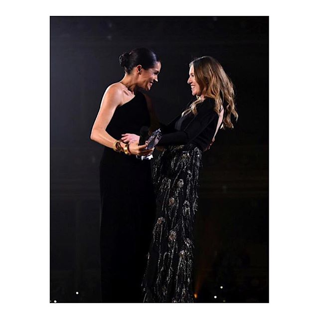 THE SURPRISE: Her Royal Highness The Duchess of Sussex wore a custom made #Givenchy outfit to surprise @ClareWaightKeller by presenting her with the British Designer of the Year Womenswear award at the 2018 BFC #FashionAwards. #MeghanMarkle #GivenchyFamily
