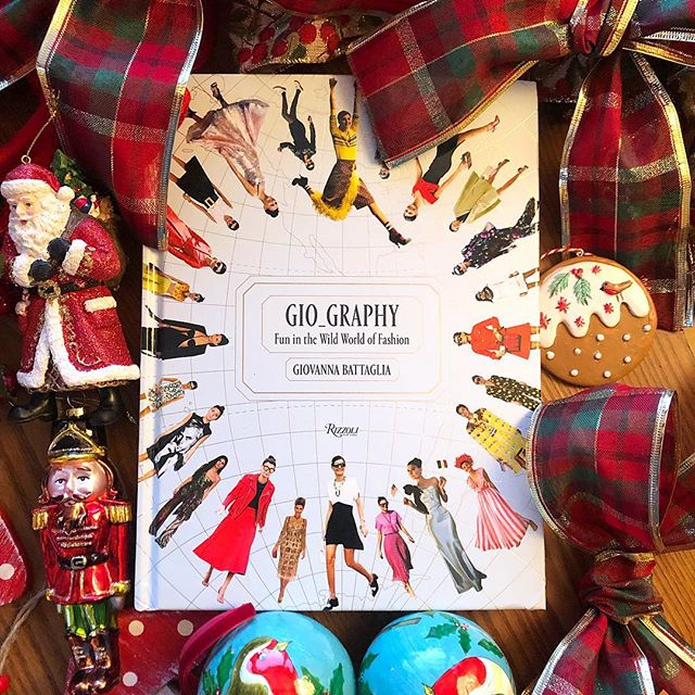 My favorite Color is Christmas   !  Gio_graphy  Fun In The Wild World of Fashion    Thank you to all the readers who made the book a success this year        Click link in Bio to shop on Amazon  #gio_graphy . #gio_graphyaroundthe