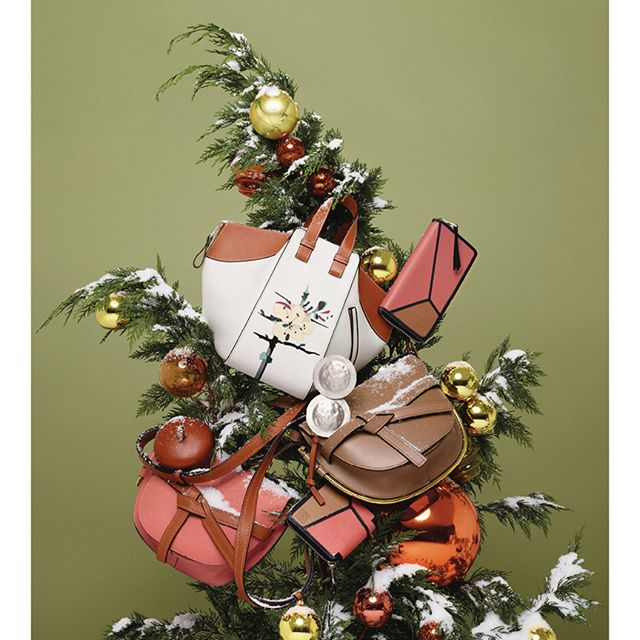 Handcrafted leather gifts now on loewe.com #LOEWE #LOEWEgifts