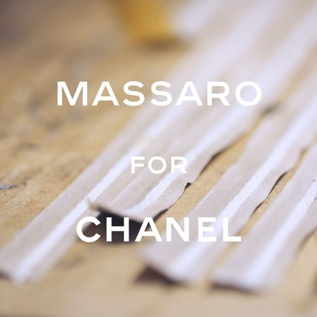 For the Paris-New York 2018/19 #CHANELMetiersdArt collection, the skilled bootmakers at #Massaro fashioned four new styles, including a gold leather sandal exuding elegant simplicity. #CHANELinNYC #CHANEL @massaro_paris @sarahdahll @adesuwa @romyschonberger @marjanjonkman @naomichinwing
