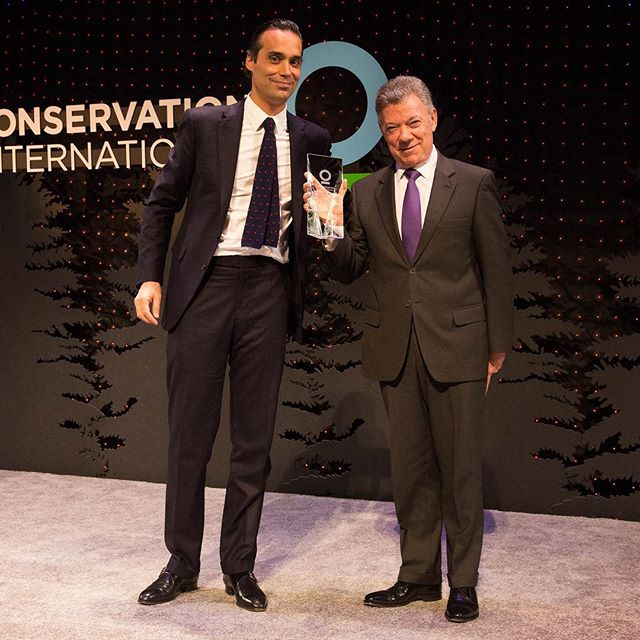 Congratulations President @JuanManuelSantos  on your @conservationorg award. (It will look very nice next to your Nobel Peace Prize) In a powerful speech, he warns,  act now or perish
