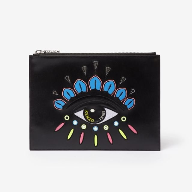 This is too much!  This decorated winter clutch features reflective details and the KENZO eye logo.   by @tilljanz  #KENZOHolidays #KENZOGifts