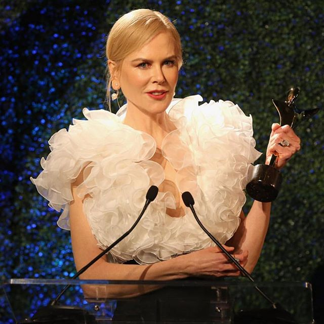 Nicole Kidman wearing the Pearls & Diamonds piercing earrings at the AACTA International Award   beautifully styled by @juliavonboehm