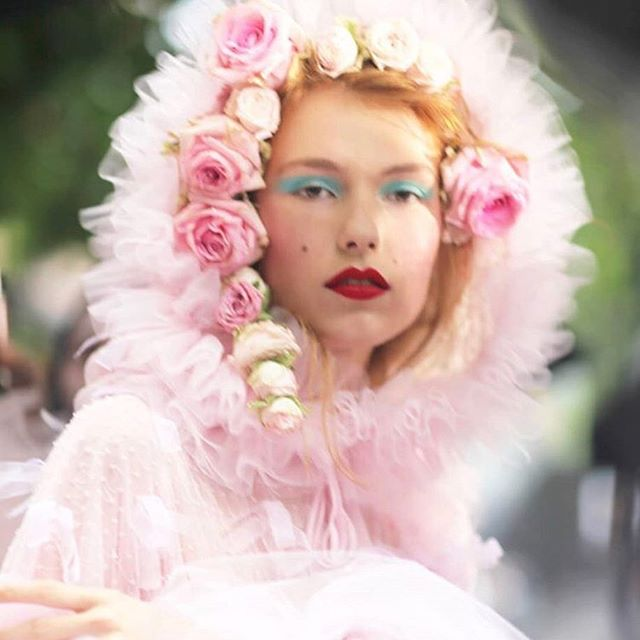 @prettycreepy after the SS19 show (ph: @emmacraft). #rodarte