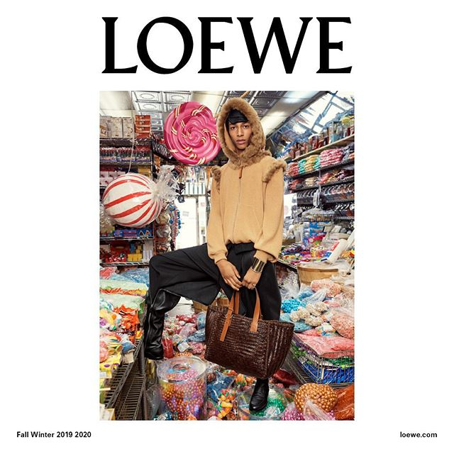 The #LOEWEFW19 campaign features model Yassine Jaajoui in an overflowing candy shop. Photography #StevenMeisel  Creative Direction @jonathan.anderson and @mmparisdotcom Styling @benjaminbruno_ Featuring #YassineJaajoui Make up @patmcgrathreal Hair @guidopalau #LOEWE
