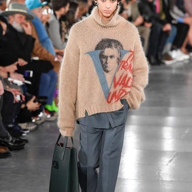 It s been a busy day at Paris Fashion Week Men s  From Off-White and J.W. Anderson to Acne Studios and Valentino, catch up on all the looks on businessoffashion.com/fashion-week [Link in bio] #BoFW #pfwm #offwhite #jwanderson #acnestudios #valentino