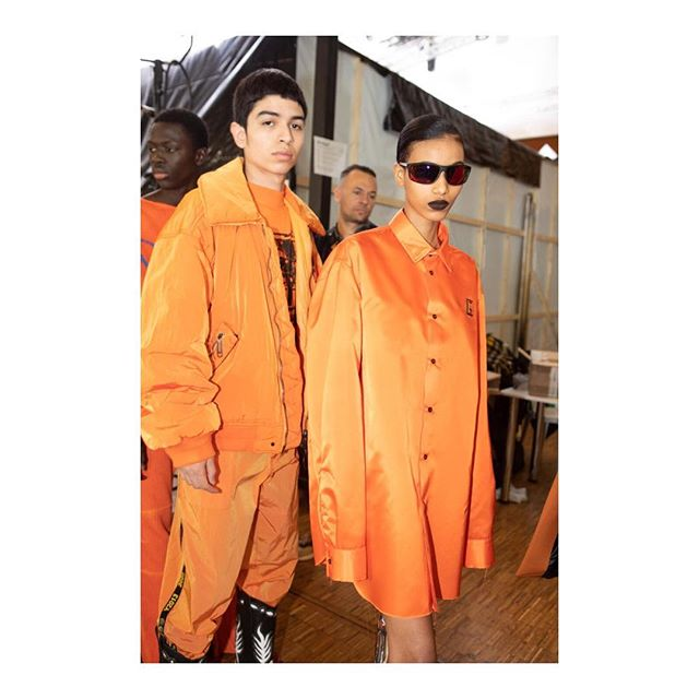 Shocking hues of lime and orange, sleek sportswear and exaggerated tailoring. @VirgilAbloh s AW19 collection for @off____white.   @iulia_matei  #OffWhite #VirgilAbloh #AW19 #PFW #KarlaOttoFashion