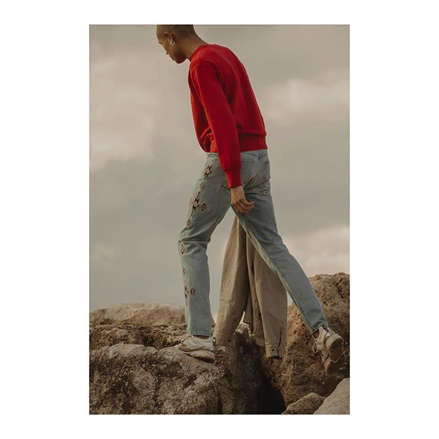 Open to the world, looking towards new horizons.  Discover the #IsabelMarant Men s SS19 collection via link in bio.  Photographer: @charlotte_lapalus